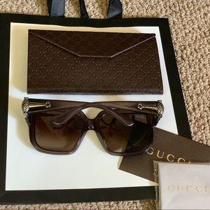 Gucci oversized square sunglasses!